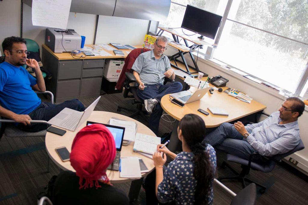 Clark Miller meeting with USPCASE exchange scholars at ASU.