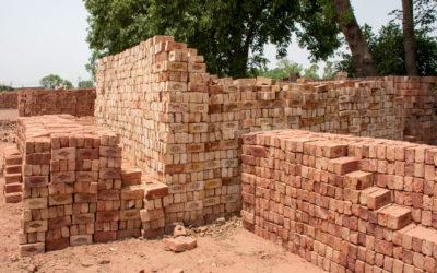 Building energy efficiency brick by brick